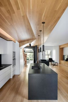 """LA CASA"" de PAUL & SIGI / MXMA Architecture & Design Photos © Adrien Williams"