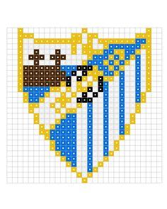 hamas pysslas - Buscar con Google Fuse Beads, Perler Beads, Bead Crafts, Diy And Crafts, Modele Pixel Art, Cross Stitch Boards, Iron Beads, Manta Crochet, Malaga