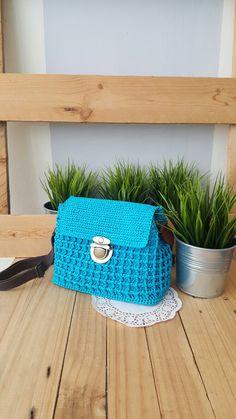 Crochet mini Sling bag
