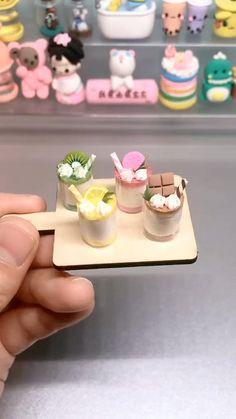 Fimo Kawaii, Polymer Clay Kawaii, Polymer Clay Charms, Polymer Clay Cupcake, Clay Crafts For Kids, Diy For Kids, Crea Fimo, Barbie Dolls Diy, Cute Clay