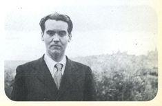 La dictadura ocultó el informe que la implicaba en el crimen de Lorca | Cultura | EL PAÍS Writers And Poets, Ruin, Granada, Dreams, Google Search, People, Beauty, Riddles, Historical Photos