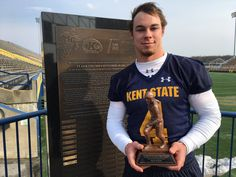 3D Printing: Kent State University awards 3D printed trophy to most valuable football player - https://3dprintingindustry.com/news/kent-state-university-awards-3d-printed-trophy-valuable-football-player-109362/?utm_source=Pinterest