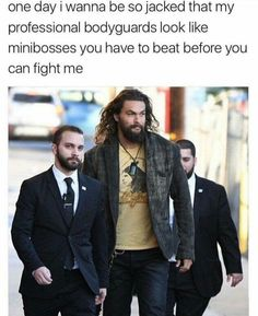 32 Of The Funniest Jason Momoa Memes Not only Jason Momoa is an incredibly hot guy, but he's also quite a funny dude. Check the best Jason Momoa memes! Funny Shit, Funny Cute, 9gag Funny, Funny Posts, The Funny, Funny Stuff, That's Hilarious, Funny Laugh, Daily Funny