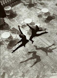 Mario De Biasi - Balletto, Rimini 1953               Les ombres et les silhouettes...