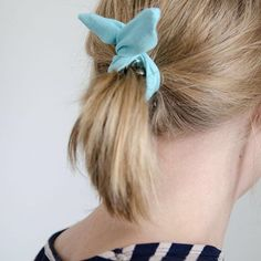 Instructions for this DIY bow scrunchie now on the blog 🎀 #linkinbio⠀  ⠀  #moreontheblog #uusipostaus #linkkiprofiilissa #bloggers #blog #blogi #diy #diyideas #bow #diyscrunchies #sewing #diyers #craftlife #craftideas #makersgonnamake #teeseitse #ompelu #ponkkari #rusetti #igers #picoftheday