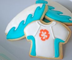 surf board cookie cutter | Surfing Sugar Cookies: A Surfboard and a Rash Guard