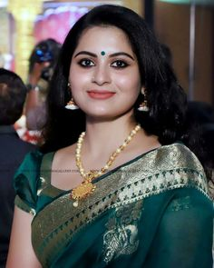 Beautiful Girl Indian, Beautiful Saree, Beautiful Indian Actress, Most Beautiful Women, Beautiful Children, Girl Face, Woman Face, Bengali Bridal Makeup, Indian Girls Images