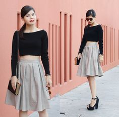 Adriana G. - Textured leather skirt
