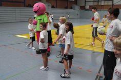 Smidty zu Besuch in der Handball Schule Chrischa Hannawald