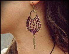 Earrings in macrame with details in bronze. Tribal Earrings. Macrame earrings. Handmade Jewelry. Tribal jewelry.