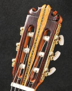 """Contreras """"feather"""" headstock from Orfeo Magazine - English edition - Spring 2014 Classical Guitars, Guitar Magazine, Guitar Building, Custom Guitars, Acoustic Guitars, Spring 2014, Ideas, Small Guitar, Tools"""