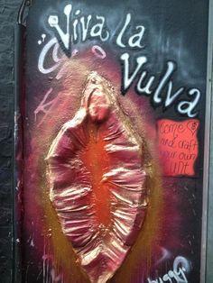 Viva La Vulva at the Brighton Arts Club, www.emmabuggy.com