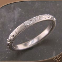 3mm Comfort fit band with Scroll curl hand engraving with a matte finish & polished engraving