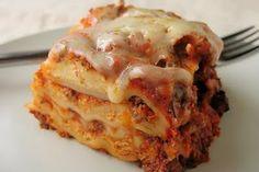 Hearty Ground Beef Crock Pot Lasagna