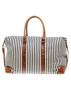 Preppy pretty carryall - just the thing for taking a trip!