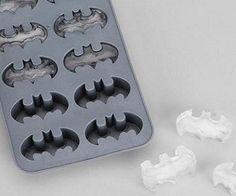Batman Ice Cubes- as a batman fanatic I'm soooooo in love w/this