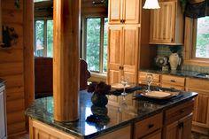 La cucina in pietra: quando il top di categoria si racconta senza veli. Un viaggio all'interno delle comodità e della piacevolezza estetica in cucina.