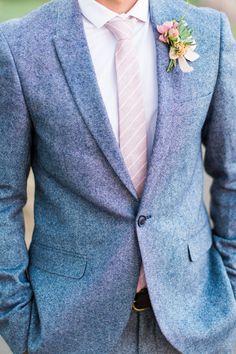 Stylish gray suit! | Photography: Aga Jones