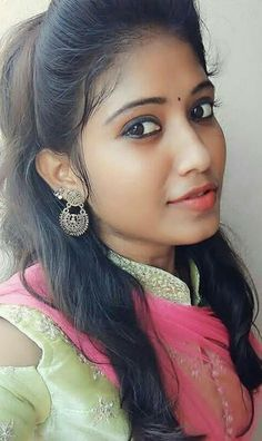 Cute Beauty, Beauty Full Girl, Beauty Women, Black Beauty, Beautiful Girl In India, Beautiful Girl Photo, Beautiful Women, Beautiful Gorgeous, Beautiful Bollywood Actress