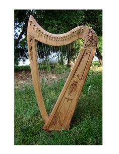Irish Harp | Areanel » Celtic Harp