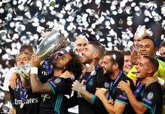 Real Madrid (4-3-3): Navas 6, Carvajal 7, Ramos 7, Varane 7, Marcelo 7, Kroos 7, Modric 8, Bale 7 (Asensio 74 6), Casemiro 7.5, Isc...