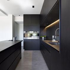 Matte black kitchen for M House, Windsor designed by #dkointeriors