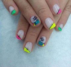 Gatis loquis Manicure Y Pedicure, Nailart, Nail Designs, Fit, Beauty, Finger Nails, Polka Dot Nails, Little Girl Nails, Colorful Nails