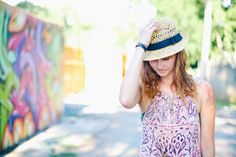 On Pregnancy and Loss: How to Deal with the Pain of Miscarriage -Momo Happy Today, Get Happy, Make Money Blogging, How To Make Money, How To Wear, 21 Years Old, Cool Hats, Pregnancy Tips, Baby Names