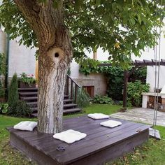 26 of The Worlds Best Outside Seating Ideas Design by Up-Cycling Items in DIY Projects homesthetics diy outdoor seating ideas Backyard Seating, Outdoor Seating, Outdoor Decor, Extra Seating, Garden Seating, Yard Benches, Outdoor Spaces, Outside Seating Area, Booth Seating