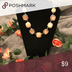 ✨Light and dark pink statement necklace✨ Adjustable, new, and beautiful! Jewelry Necklaces