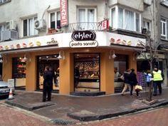 Beşiktaş'ta bulunan Merhaba Ekler'in 9 şubesi var