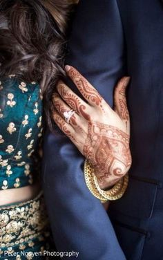 New wedding indian decoration mehndi bridal lehenga Ideas - Wedding Photos Indian Engagement Photos, Indian Wedding Photos, Engagement Photo Poses, Engagement Rings Couple, Couple Rings, Engagement Ideas, Indian Weddings, Indian Bridal, Engagement Pictures