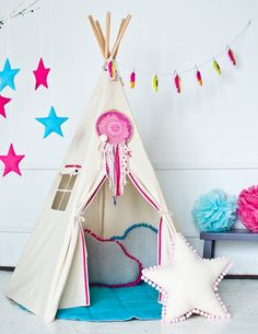 [New] The 10 Best Home Decor Ideas Today (with Pictures) - Dream Catching Teepee! Get The Whole Set at Discounted Prices. Teepee Kids, Teepee Tent, Teepees, Teepee Party, Diy And Crafts, Crafts For Kids, Sleepover Birthday Parties, Patchwork Baby, Baby Comforter
