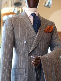 """zarembabespoke: """"double-breasted by Zaremba Bespoke Warsaw tie: Al Bazar pocket squere: Drake's London """" Grey Suit Men, Pinstripe Suit, Mens Suits, Black And Grey Suit, Groom Suits, Groom Attire, Black Suits, Dress Suits For Men, Suit And Tie"""