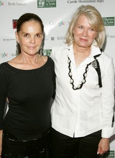 Ali MacGraw and Candice Bergen