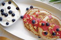 oatmeal pancakes + raspberry and nectarine sauce Oatmeal Pancakes, Breakfast Time, Raspberry, Food, Oat Pancakes, Eten, Raspberries, Meals, Diet
