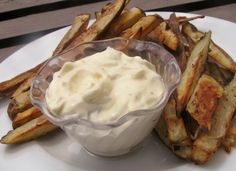 Tangy Tartar Sauce (Made With Dill Pickles, Not Sweet)