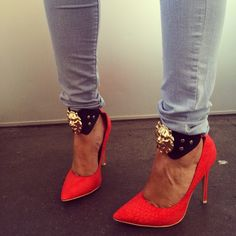 """Versace shoes or """"Fo-sachi"""" shoes... lol either way, they're HAWT!"""