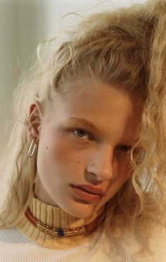 adrienne-jc3bcliger-frederikke-sofie-by-robi-rodriguez-for-re-edition-magazine-fall-winter-2015-91.jpg 912×1440 pikseli