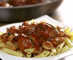 Osso Bucco Porc, Slow Cooker Ribs, Pork Recipes, Spaghetti, Pasta, Nutrition, Lunch, Meat, Baking