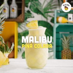 Like a tropical getaway, in refreshing cocktail form🍍Mix up your new signature poolside hangout drink with this easy Piña Colada recipe that you can serve in seconds. Start with 1 part Malibu Rum, the Malibu Rum Drinks, Malibu Cocktails, Liquor Drinks, Refreshing Cocktails, Summer Drinks, Fun Drinks, Coconut Rum Drinks, Easy Rum Drinks, Alcoholic Drinks With Pineapple Juice
