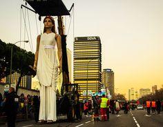 Euterpe La nueva escultura gigante, se estrena dando comienzo su andadura aventurera en la Cabalgata de Reyes Magos Madrid 2015.Un evento por todo lo alto donde la gigante saludo y simpatizó con el público que no se quiso perder este acontecimiento.