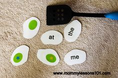 Mommy Lessons 101: Dr. Seuss themed Sight Word Game (Free printable)