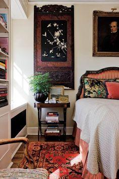 cozy bedroom-library