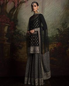 By designer Sabyasachi Mukherjee. Shop for your wedding trousseau, with a personal shopper & stylist in India Indian Look, Dress Indian Style, Indian Ethnic Wear, Indian Dresses, Indian Skirt, Indian Wedding Outfits, Pakistani Outfits, Indian Outfits, Sharara Designs
