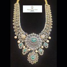 Gold Jewellery Design, Diamond Jewellery, Gold Jewelry, Diamond Necklace Simple, Emerald Necklace, Necklace Designs, Indian Jewelry, Fashion Jewelry, Women's Fashion