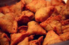 Samosa ... The appetite never ends !!! #punjabifoodie #samosa