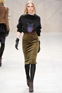 Burberry Fall 2012 Ready-to-Wear Fashion Show - Julia Nobis
