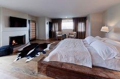 Modern rustic bedroom design ideas modern bedroom designs reclaimed wooden platform bed for the modern rustic . Modern Wooden Bed, Modern Rustic Bedrooms, Rustic Bedroom Design, Rustic Bedroom Furniture, Contemporary Bedroom, Bedroom Decor, Bedroom Ideas, Bed Ideas, Bed Furniture