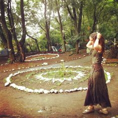Some magical spiral garden outdoor altar/ideas! Pagan witchy Wiccan